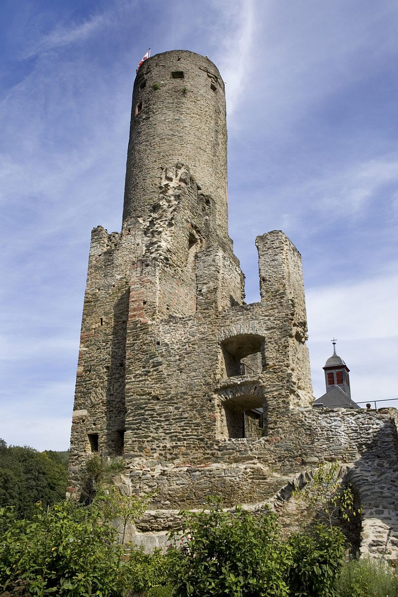 Bergfried der Burg Eppstein, Eppstein | Taunus.info